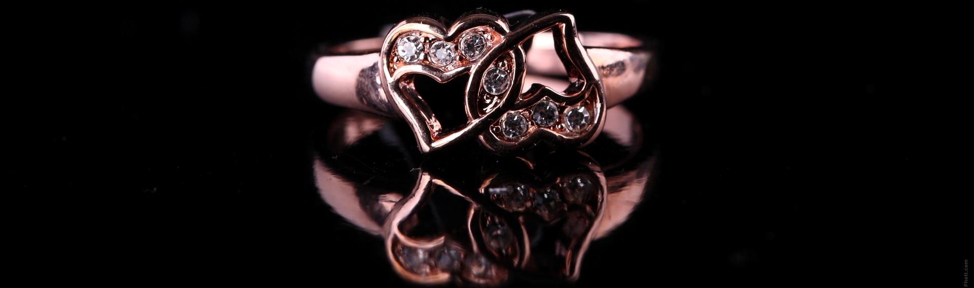 Comment porter votre anneau de mariage  Photographie