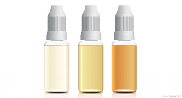 Des fioles d'e-liquides sans marque
