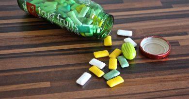 Boîte de chewing-gum en verre